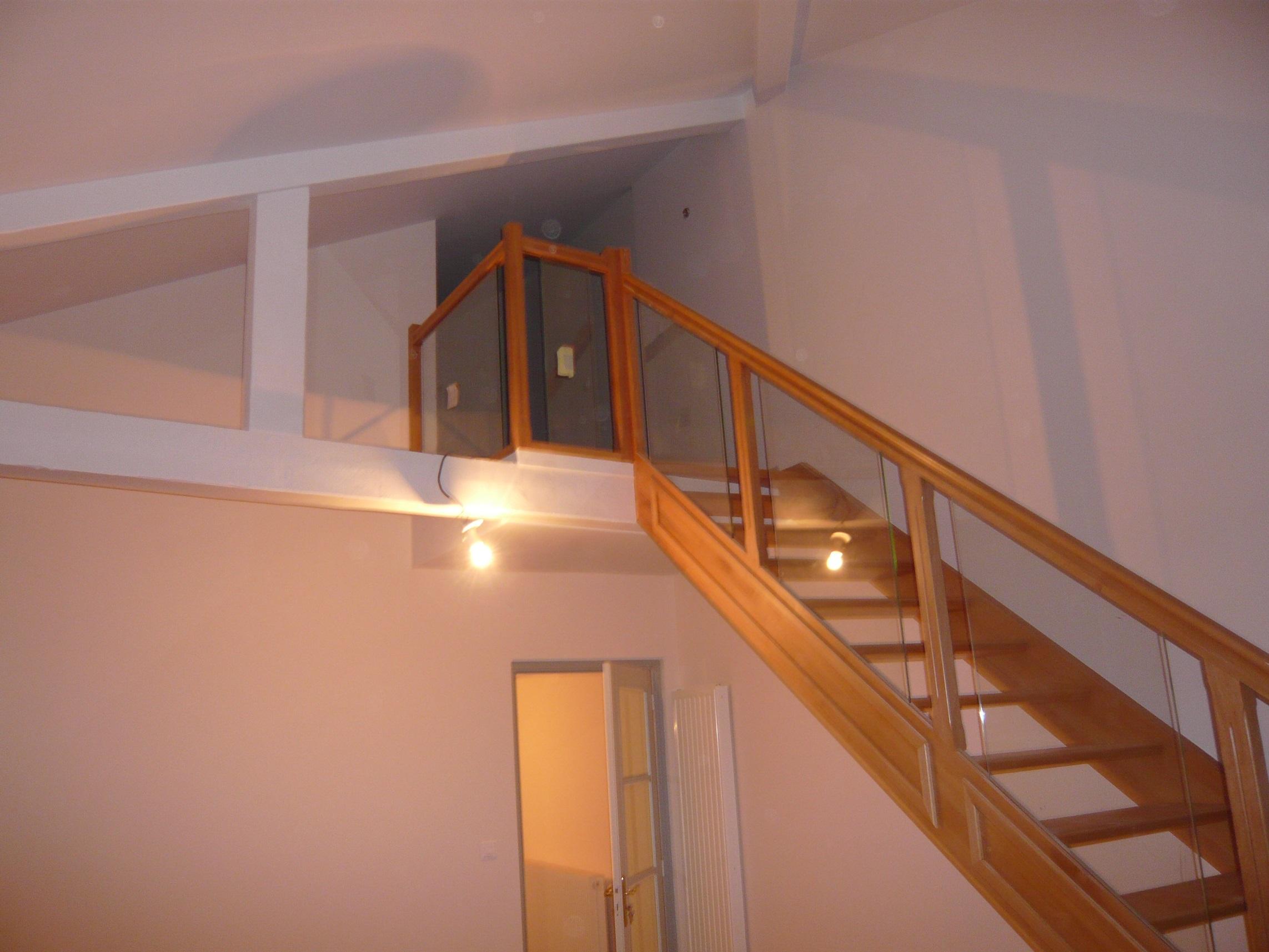 Escalier rambarde verre