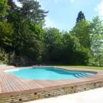 Plage de piscine bois