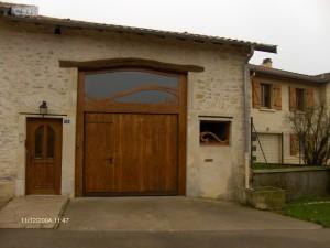 Porte de garage ferme ancienne